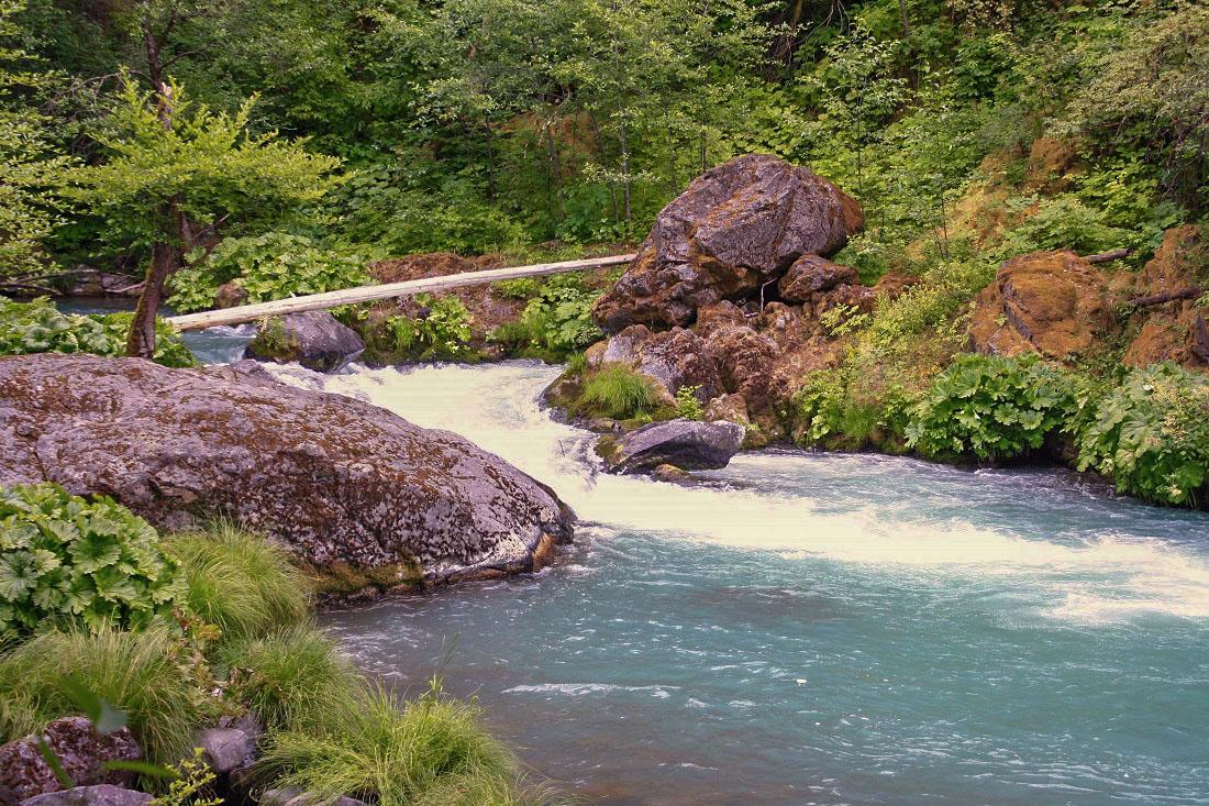 McCloud River 1100x733